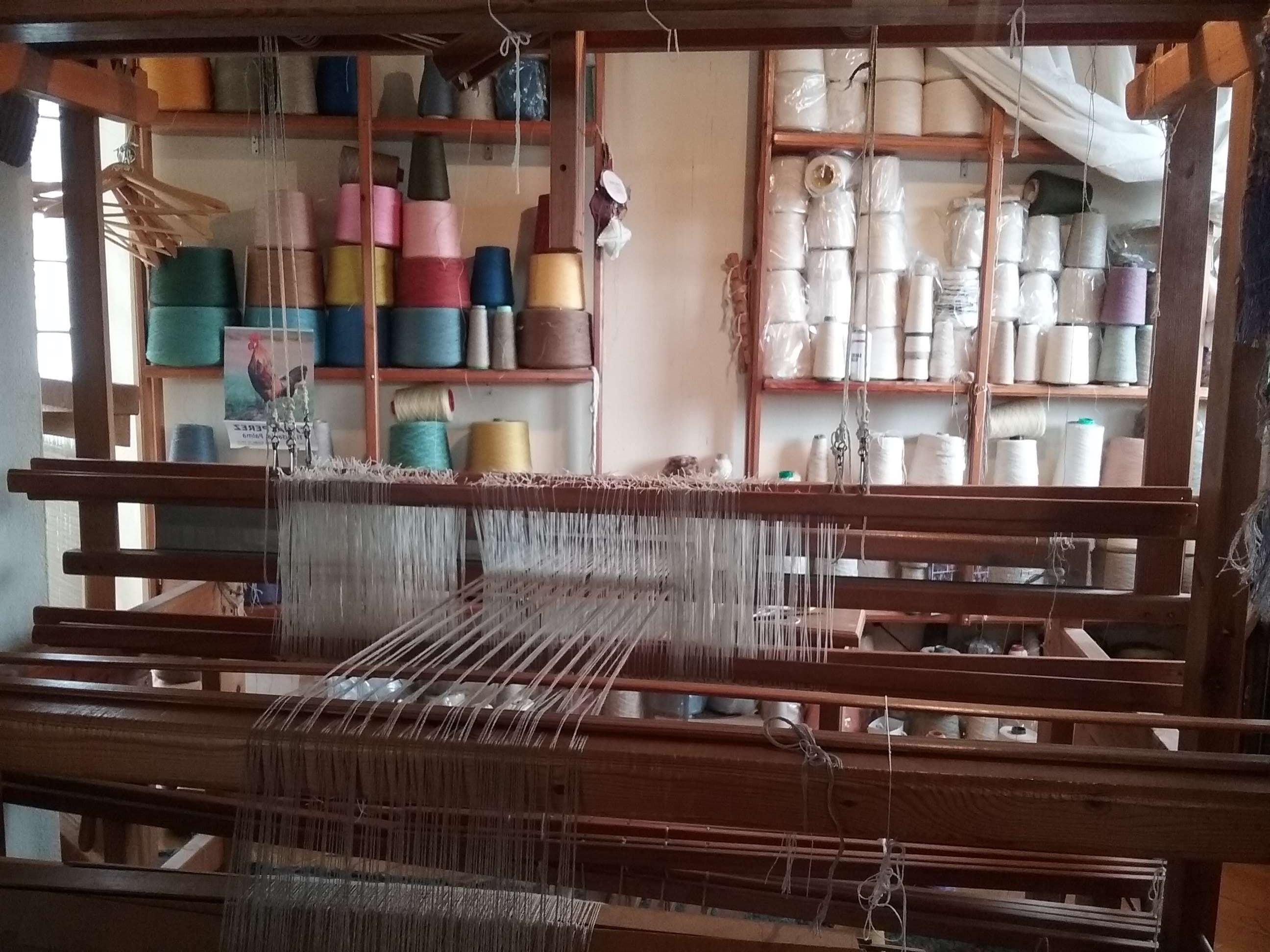 ¡ Qué telar ! la lana y el lino